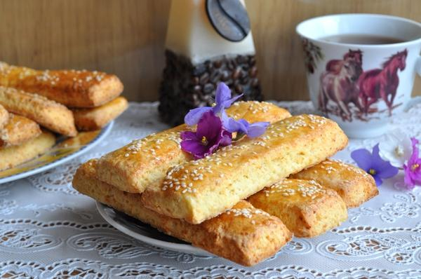 ворожное печенье с кунжутом