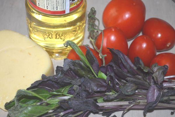 базилик помидоры сыр