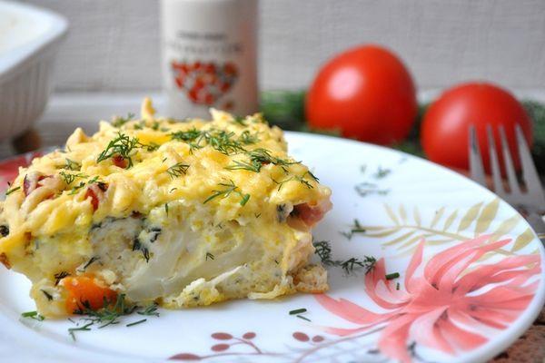 запеканка из цветной капусты с ветчиной и сыром