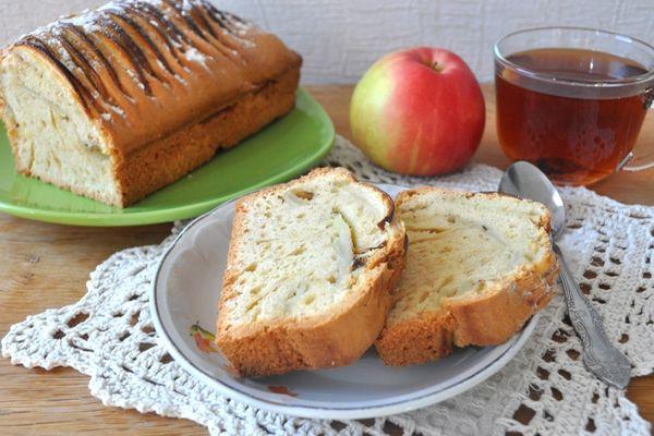 вкусный кекс с яблоками