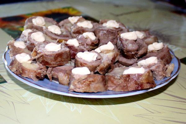рулетики из мяса