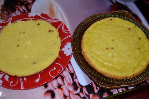 две части творожного бисквита