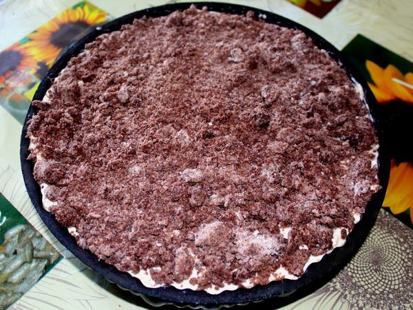 шоколадная крошка сверху пирога