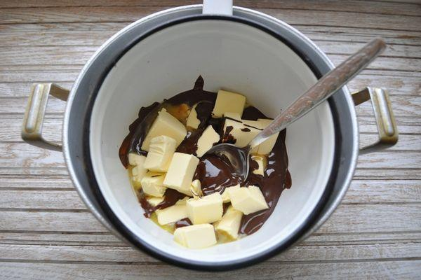 растворение масла с шоколадом