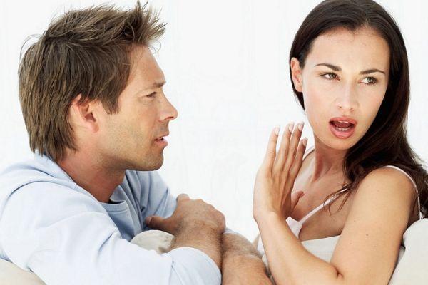 девушка не хочет общаться с мужчиной
