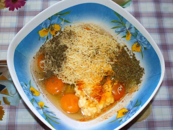яйца специи сыр