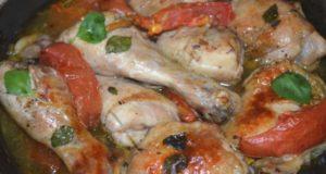 Курица с помидорами и базиликом