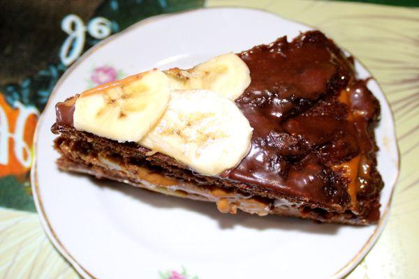 пражский торт с бананами