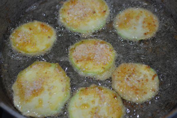 приготовление кабачков на сковороде