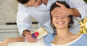 Как мужчине намекнуть на подарок