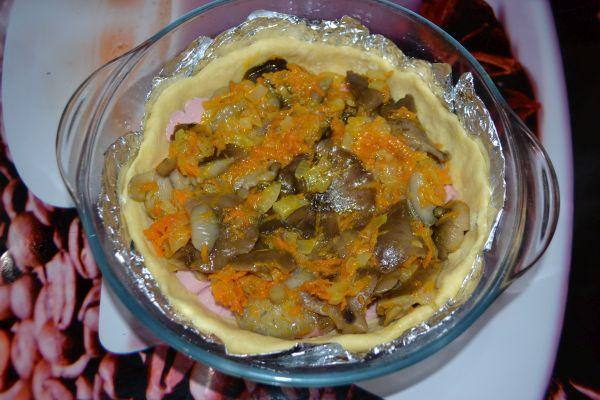 грибной слой в пироге