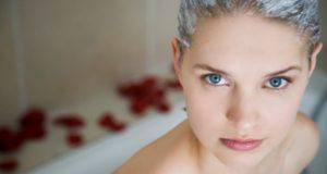 Голубая глина для волос: лечение и питание