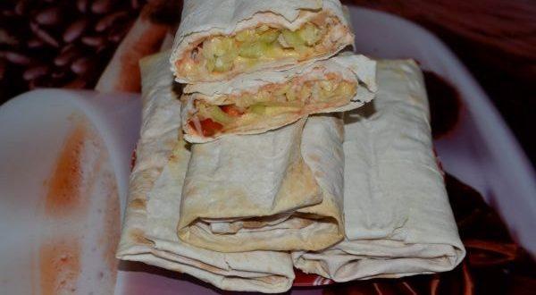 шаурма с овощами и мясом
