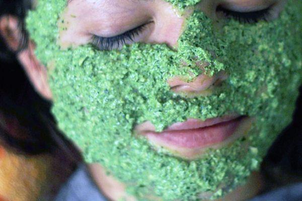 маска для лица с петрушкой