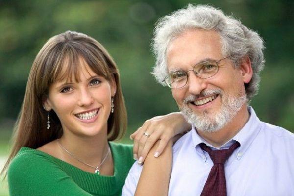 муж старше жены