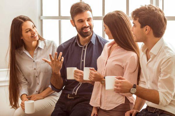 общение молодых людей