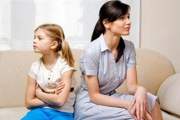 ссора ребенка с мамой