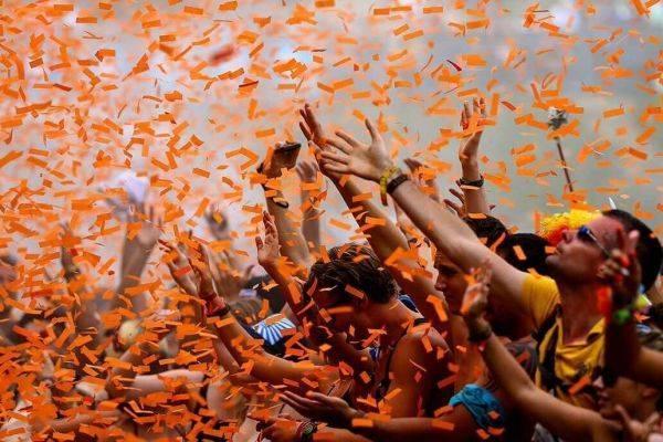 оранжевый праздник