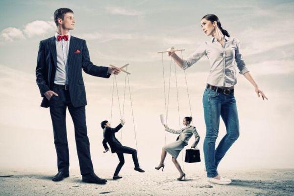 манипулирование людьми