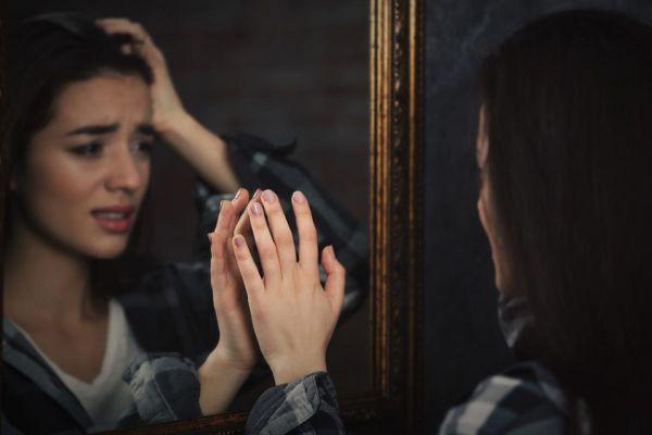 боязнь зеркала