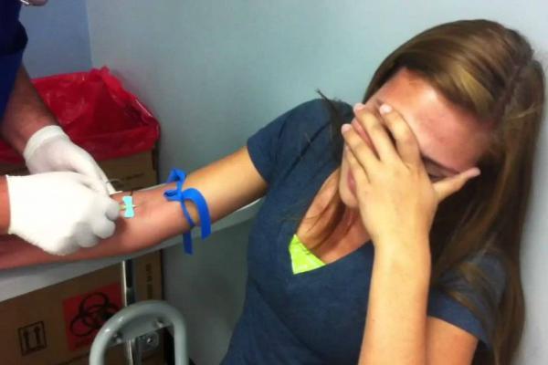 обморок при взятии крови из вены